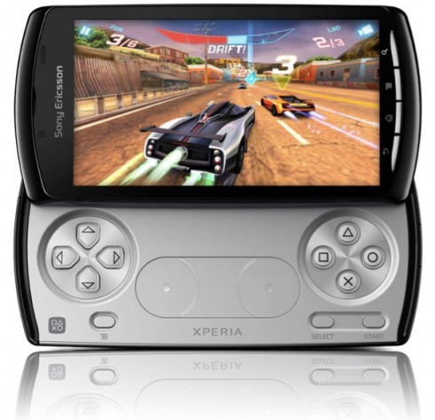Sony Ericsson Xperia Play with Playstation d-pad: Android is ready to play